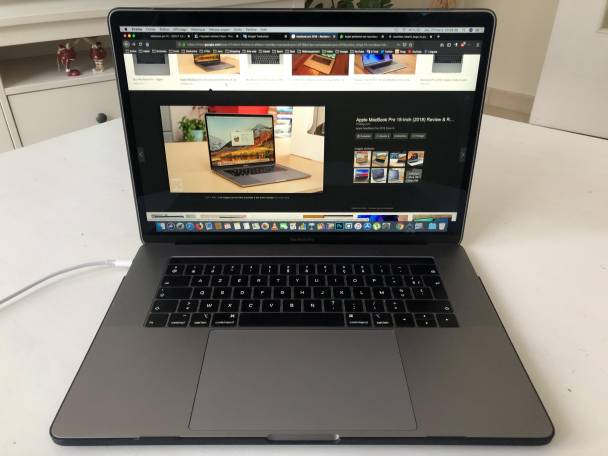 image 1 Apple MacBook Pro 15' - 2018